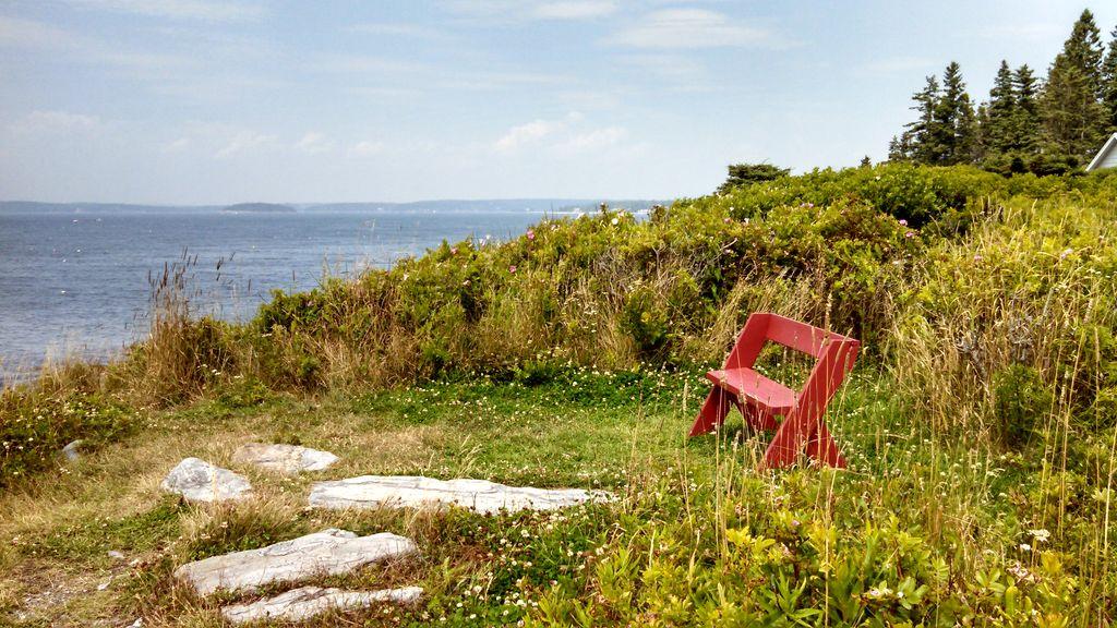 Seaside overlook near cottage