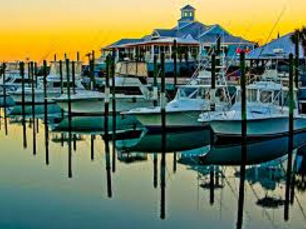 Crazy Sister Marina-Tours, fishing, rentals and more