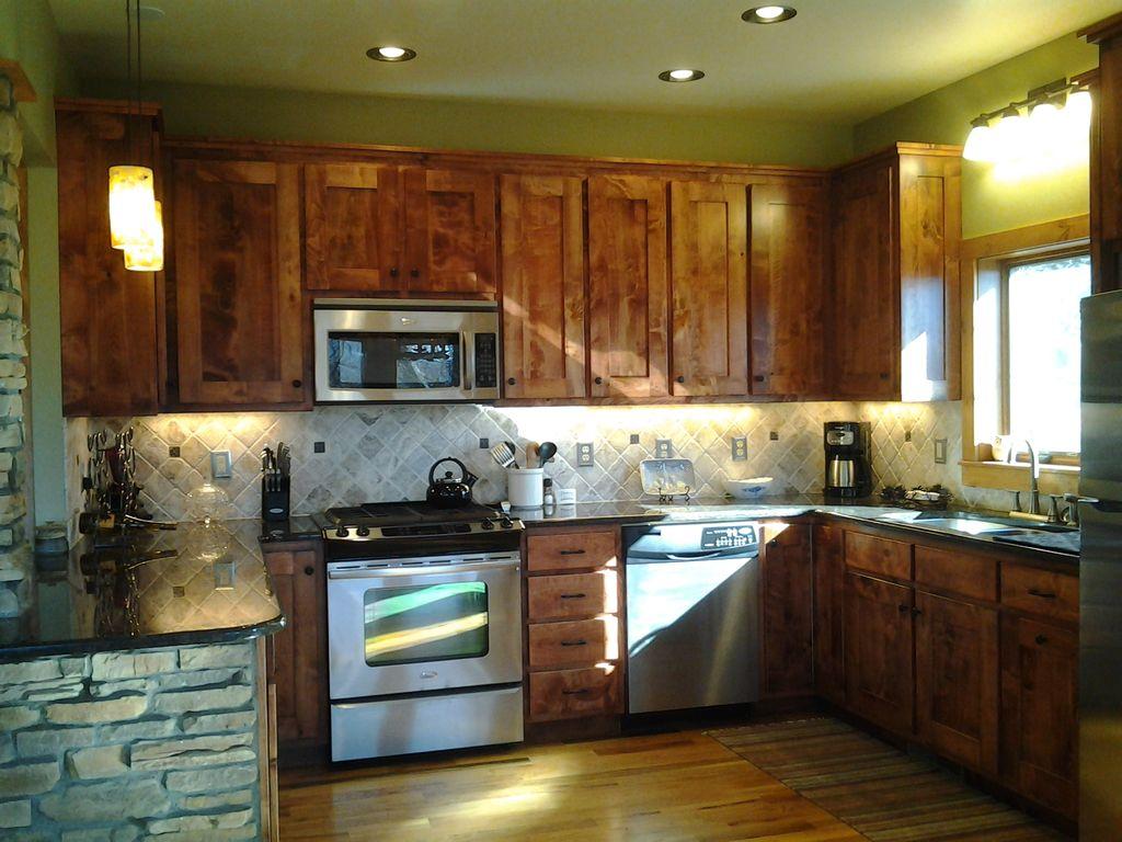 Main Level Kitchen- fully stocked
