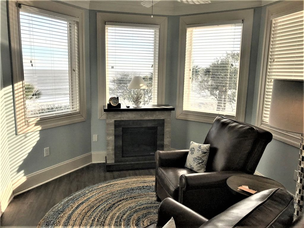2nd Floor Master Seating Area with Electric Fireplace and Views!