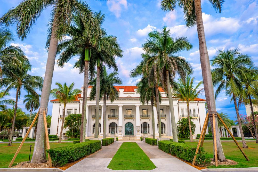 The Breakers Hotel on Palm Beach Island! Well know tourist destination. Go take a tour!
