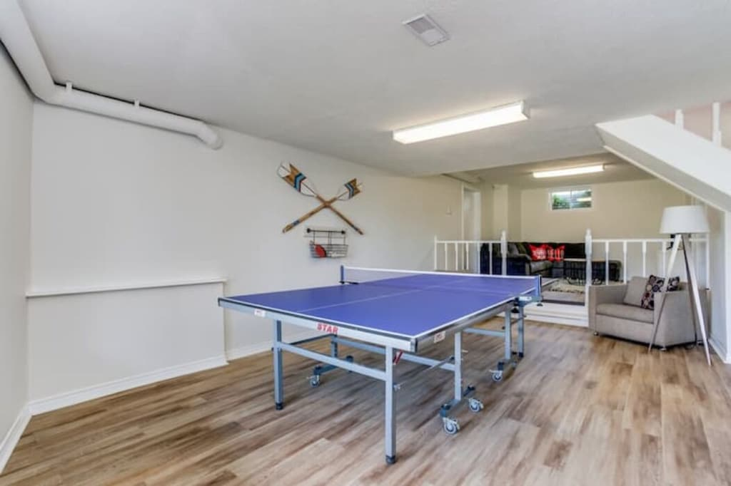 Games room downstairs w/ Pingpong