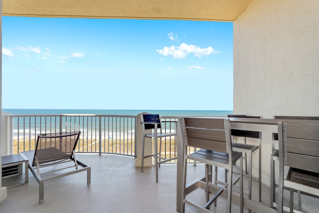 Private, spacious balcony with amazing views of the Atlantic.