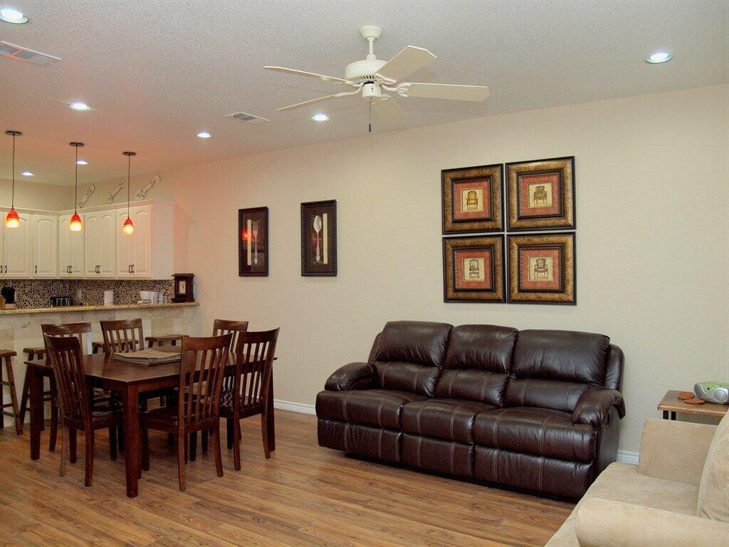 HH #B - Living Room