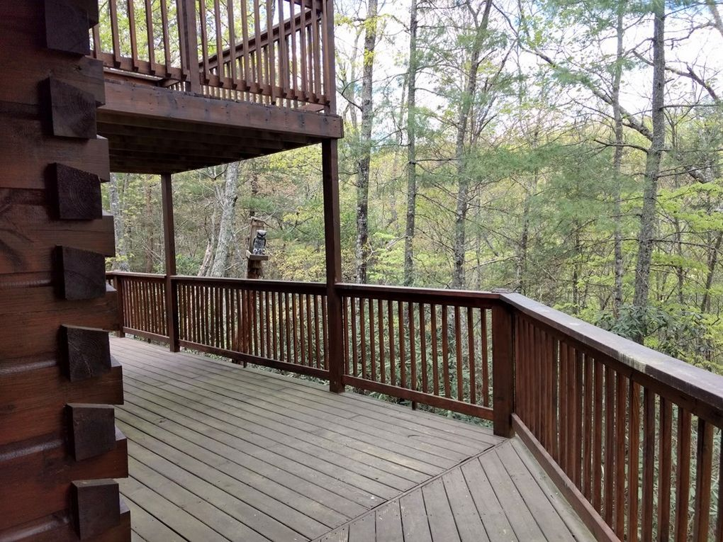 Side Deck and Upper Loft Deck