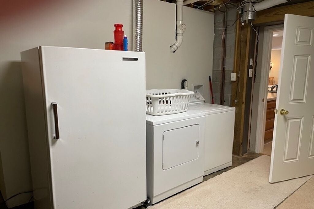 Extra refrigerator and washer/dryer for your use