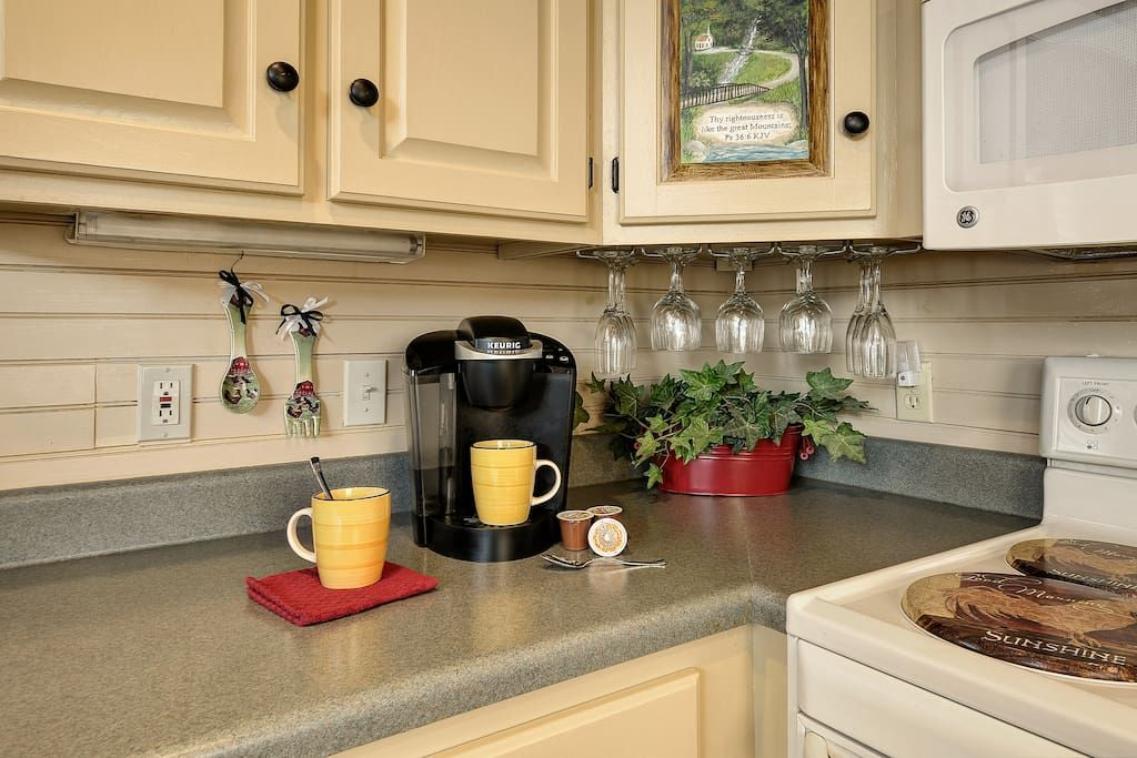 Keurig and regular coffee pot available