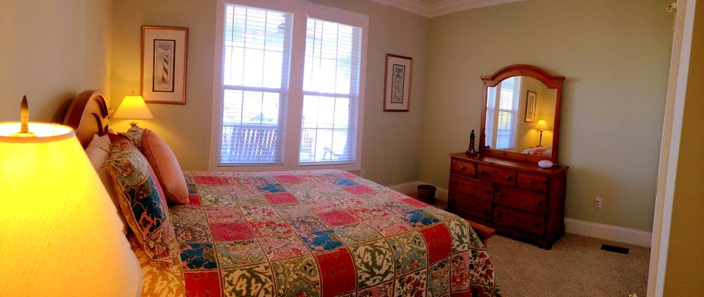 Downstairs guest bedroom