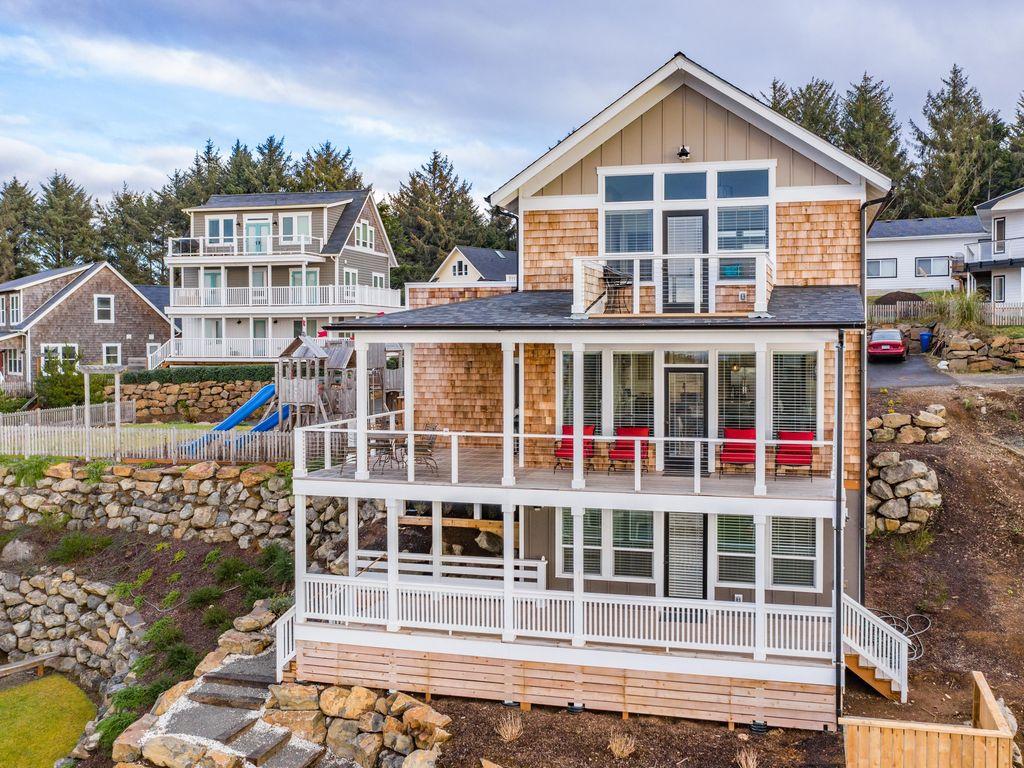 Luxury three level oceanview beach home awaits you.