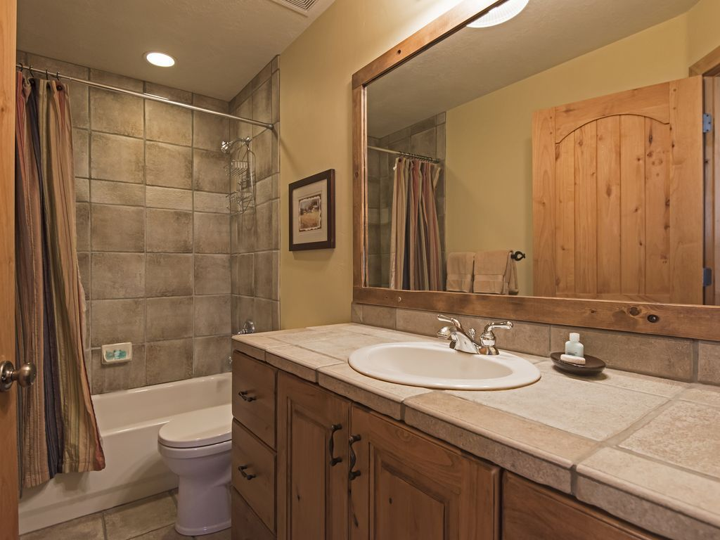 Bathroom.  Shared by bedroom 2 and 3.