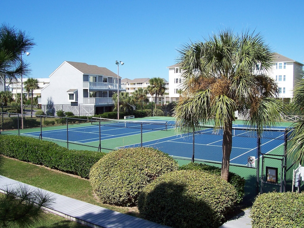 Tennis Courts at Barrier Dunes, lighted