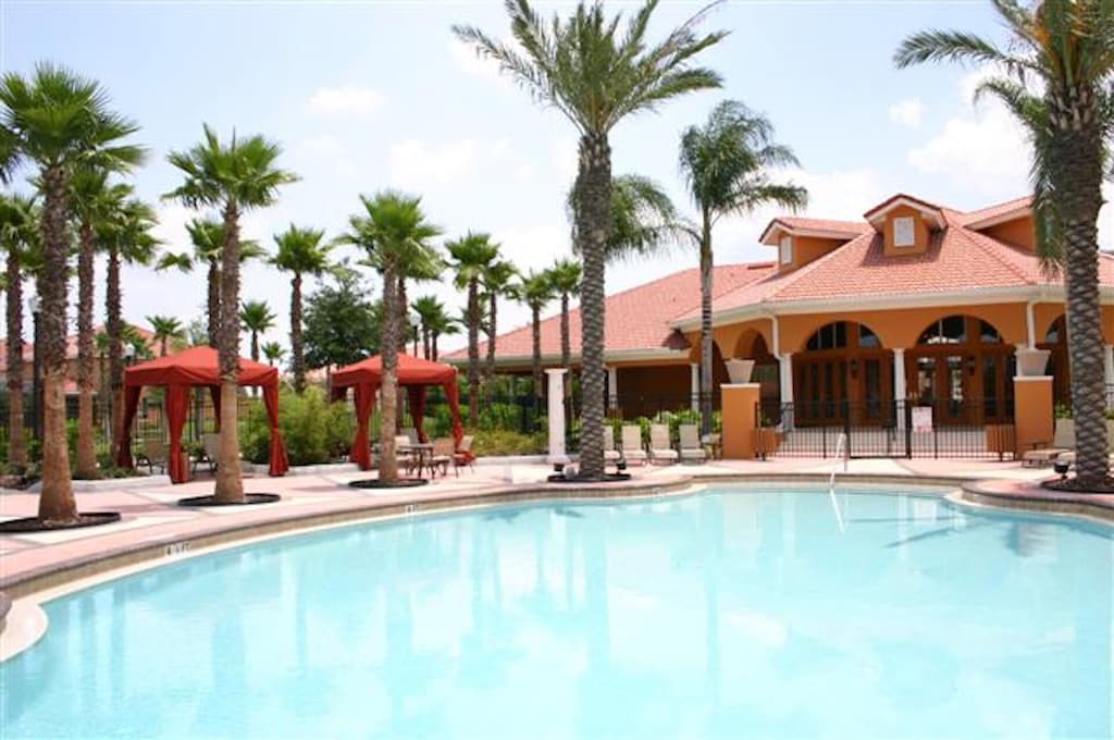 Huge pool/SPA in the resort