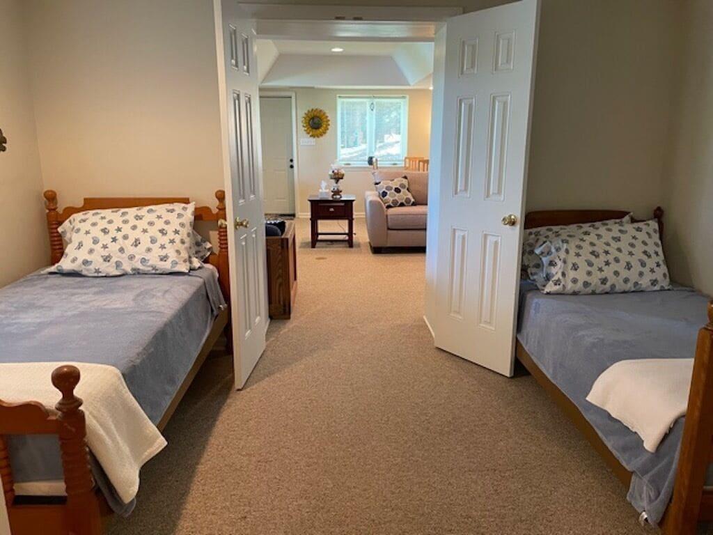 2nd bedroom 2 twins