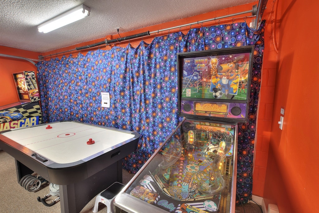 The second pinball machine is now a Cactus Jack!