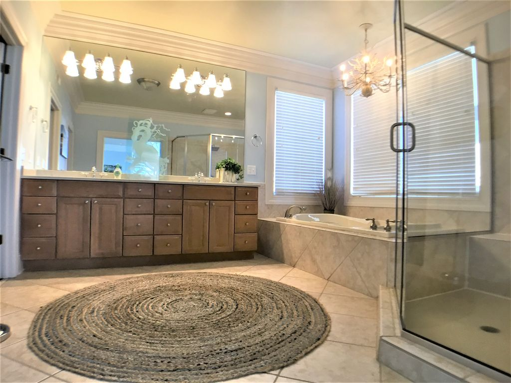 2nd Floor Master Suite Private Bath, Walk in Shower, W/I Closet,  Jacuzzi
