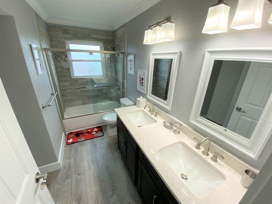 Luxury Bathrooms with Quartz Counter Tops