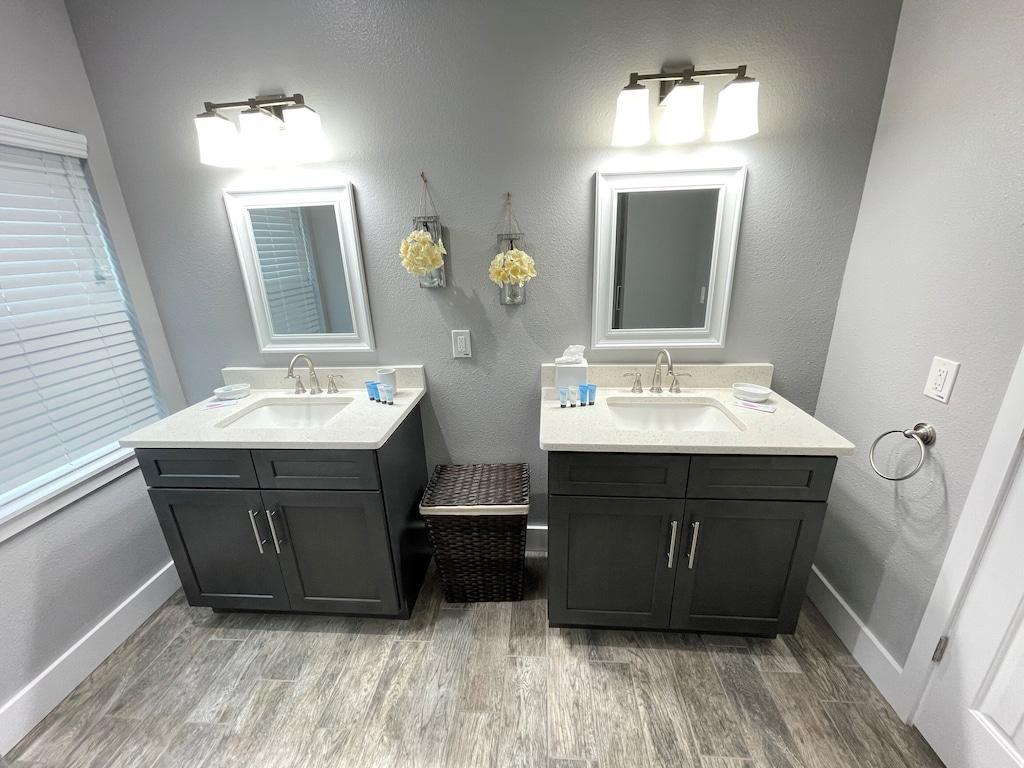 Luxury Master Bathrooms with Quartz Counter Tops