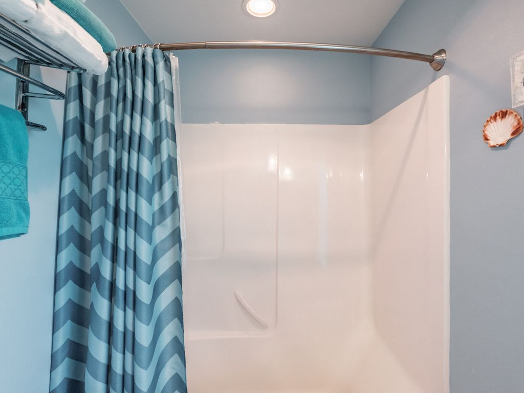 Large bathtub is convenient for kids and adults alike. Please reuse towels as sensible and leave towels in the tub or hanging on the shower rod if they are wet or the floor if dry.