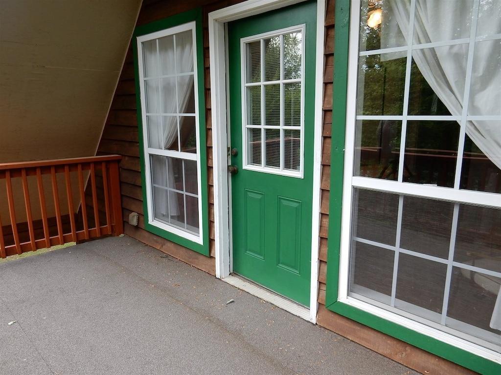 Door to balcony