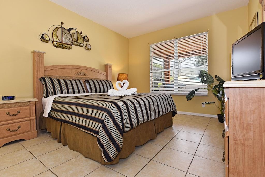King master bedroom downstairs