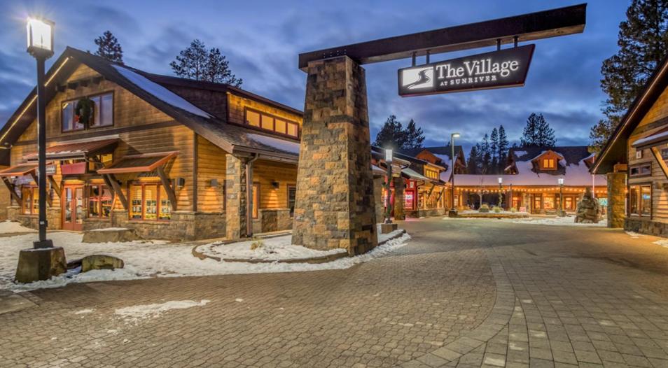 Sunriver Village Shops & Restaurants