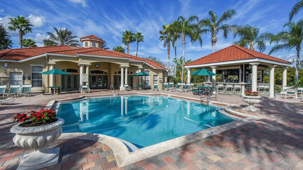 The community pool, tiki bar and clubhouse!