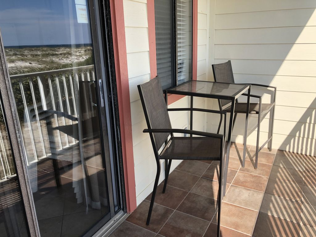 Patio chairs to enjoy the view!
