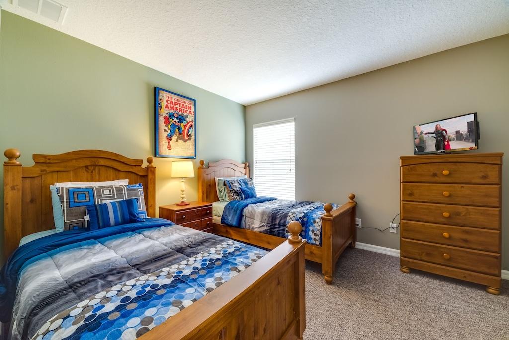 Twin room upstairs
