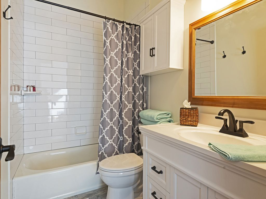 2nd bath  - bedrooms two and three share