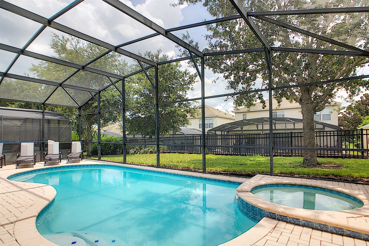 South Facing Salt Water Heated (extra charge) Pool/Spa