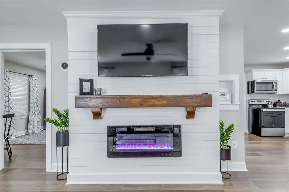 TV and e-Fire Place