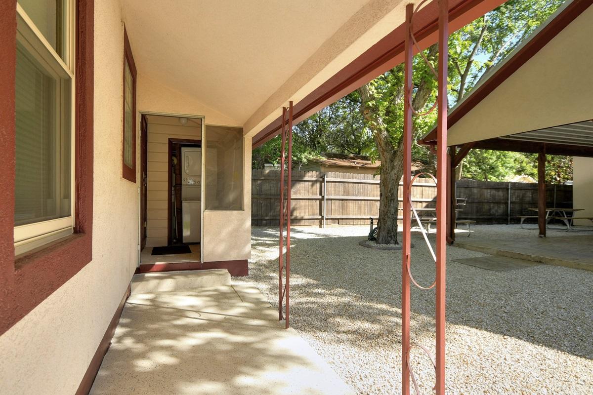 Opa Seidel Haus Back Entry