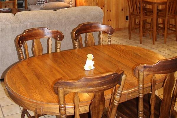 Open floor plan dining areas