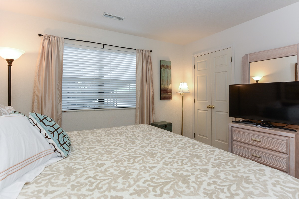 The second bedroom has all the comforts of home, including a Smart TV + Netflix!