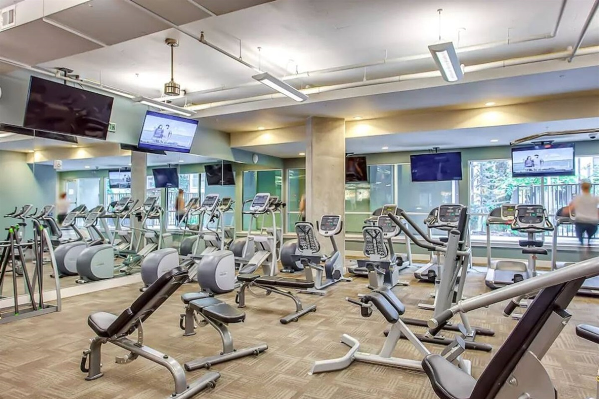 state-of-the-art fitness center. Open 24 hours!