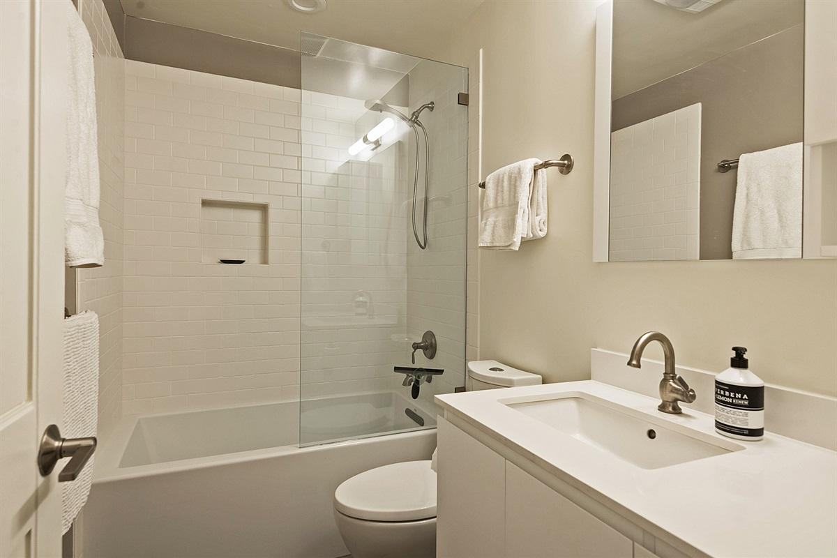 2nd bath - upstairs