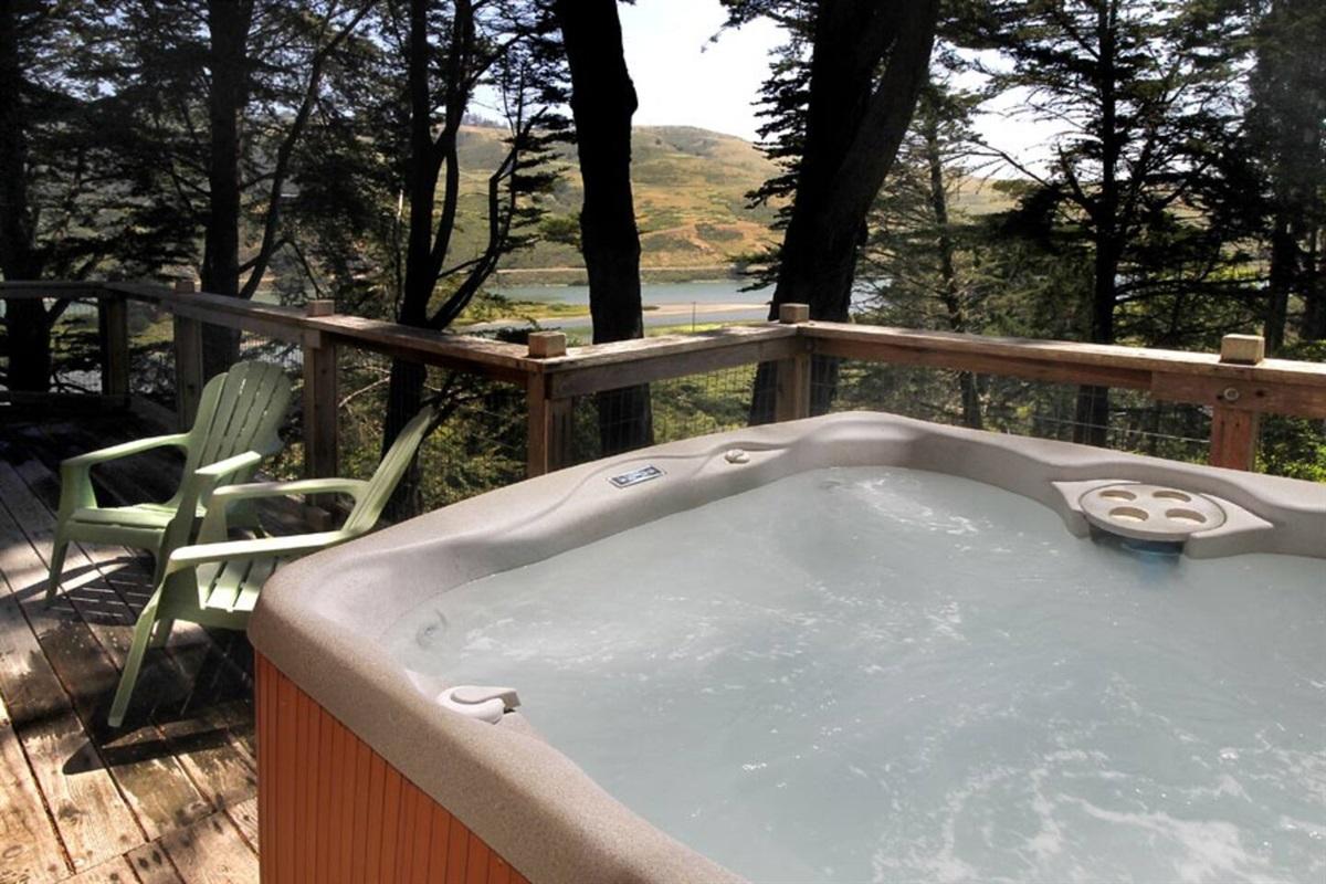 Tidesong Hot Tub