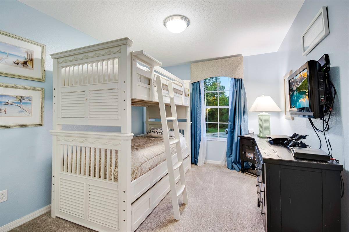 Room 3 Bunk Beds
