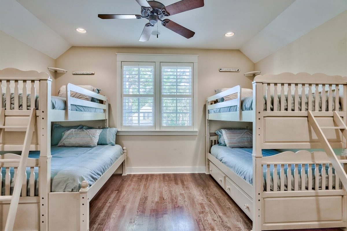 Bunk Room with Trundle