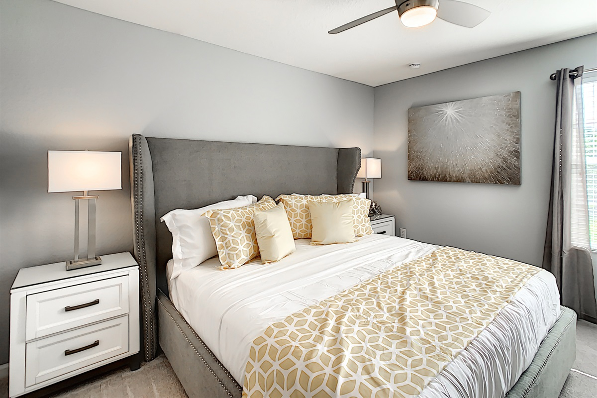 Master Suite #2 - King Bed - 2nd Floor