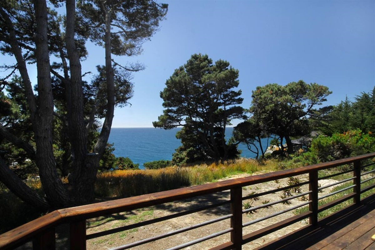Ocean Bluff Serenity Deck to Ocean View
