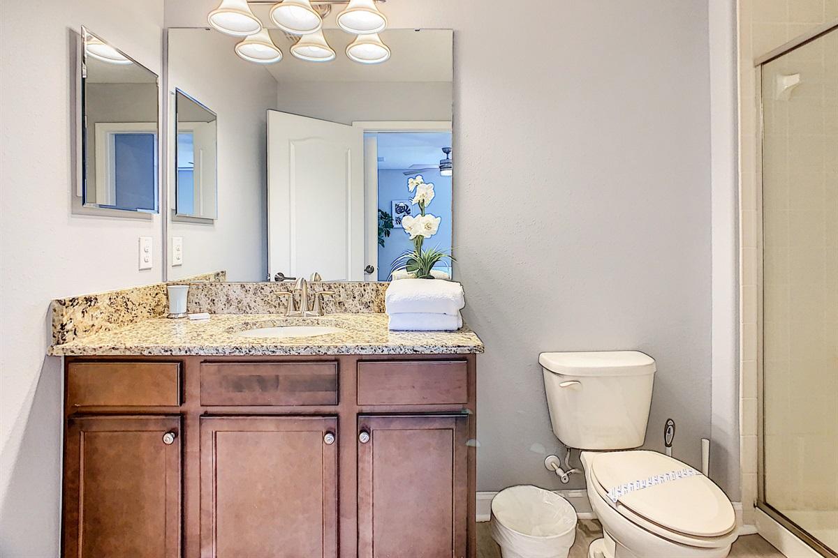 Bedroom #6 En Suite Bathroom