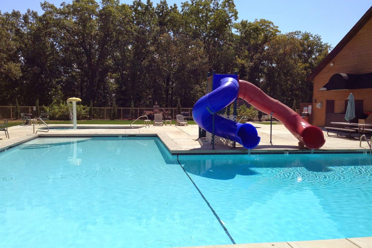 Great Onsite Pool!