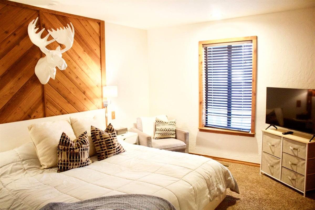 "Downstairs Master Bedroom. 42"" Smart TV!"