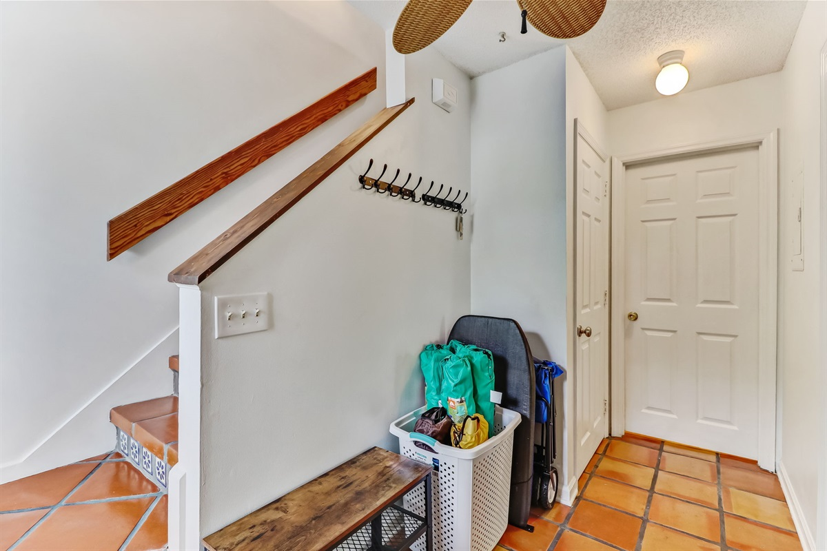 Foyer Showing Stairs