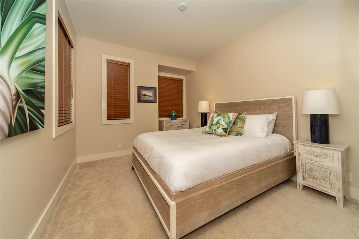 2nd Floor Queen bedroom #2