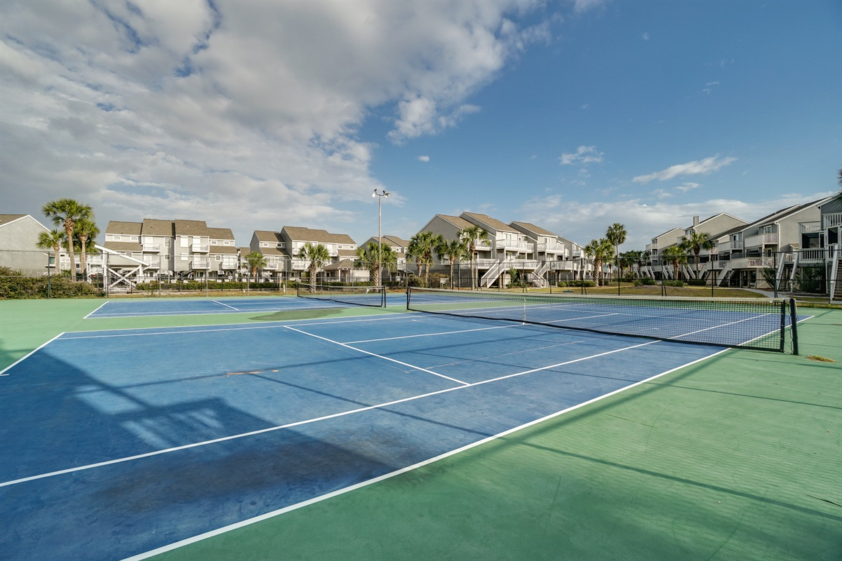 Tennis courts with pickleball lines