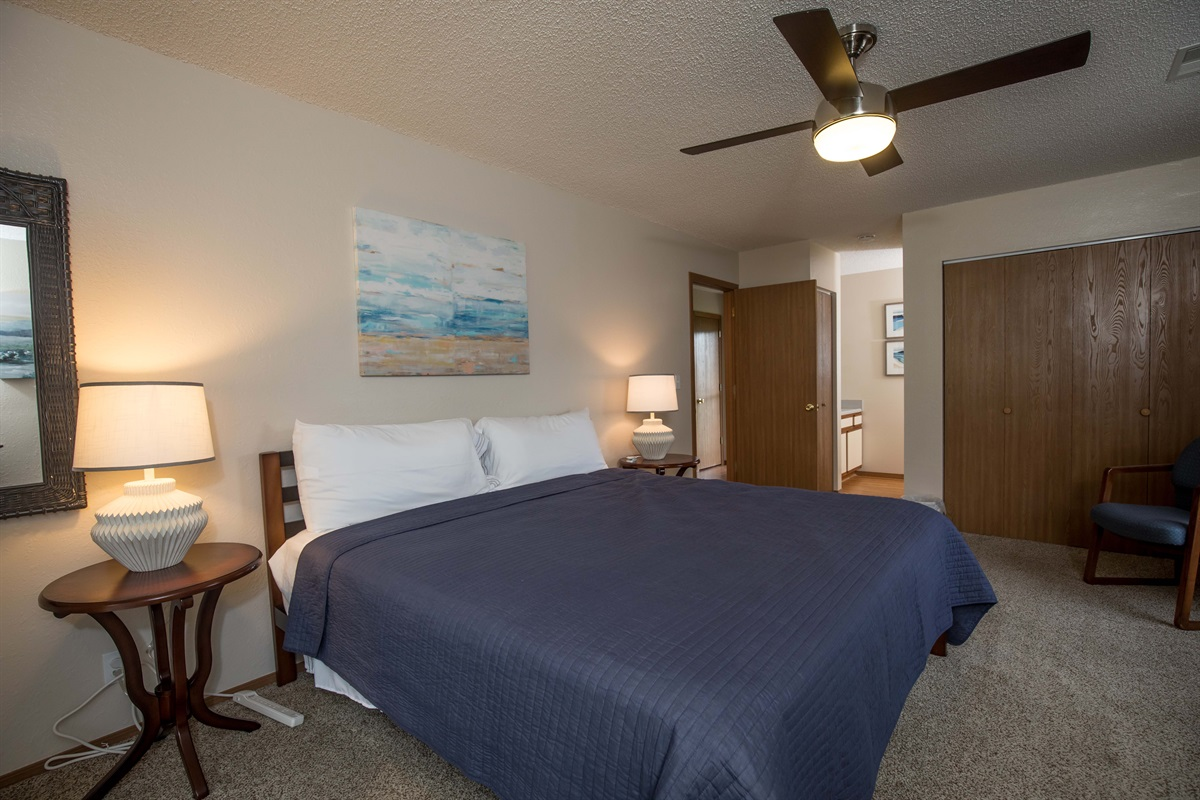 Stretch out in the spacious master bedroom with brand-new king bed!