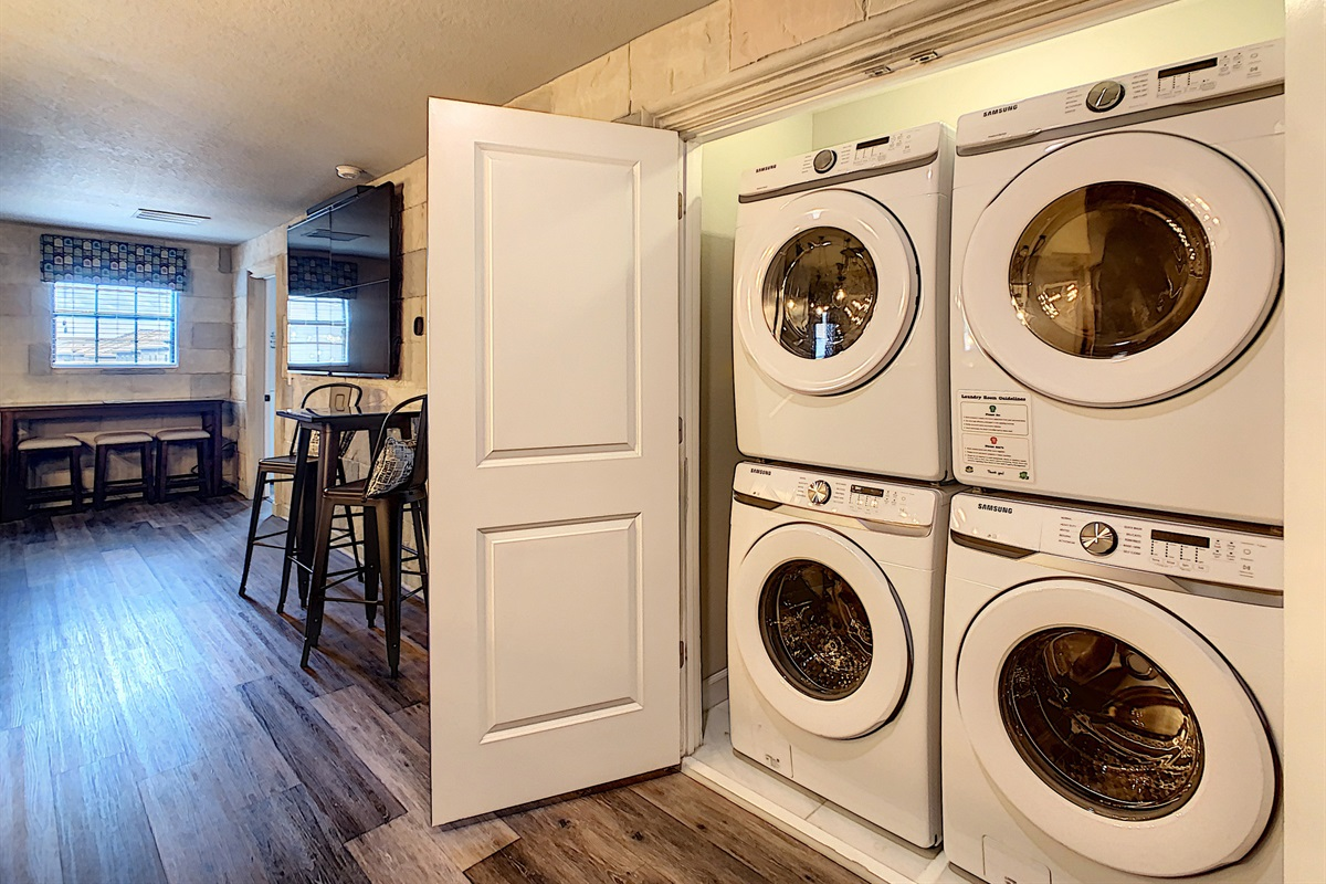 Double Washers/Dryers-FREE For You To Use