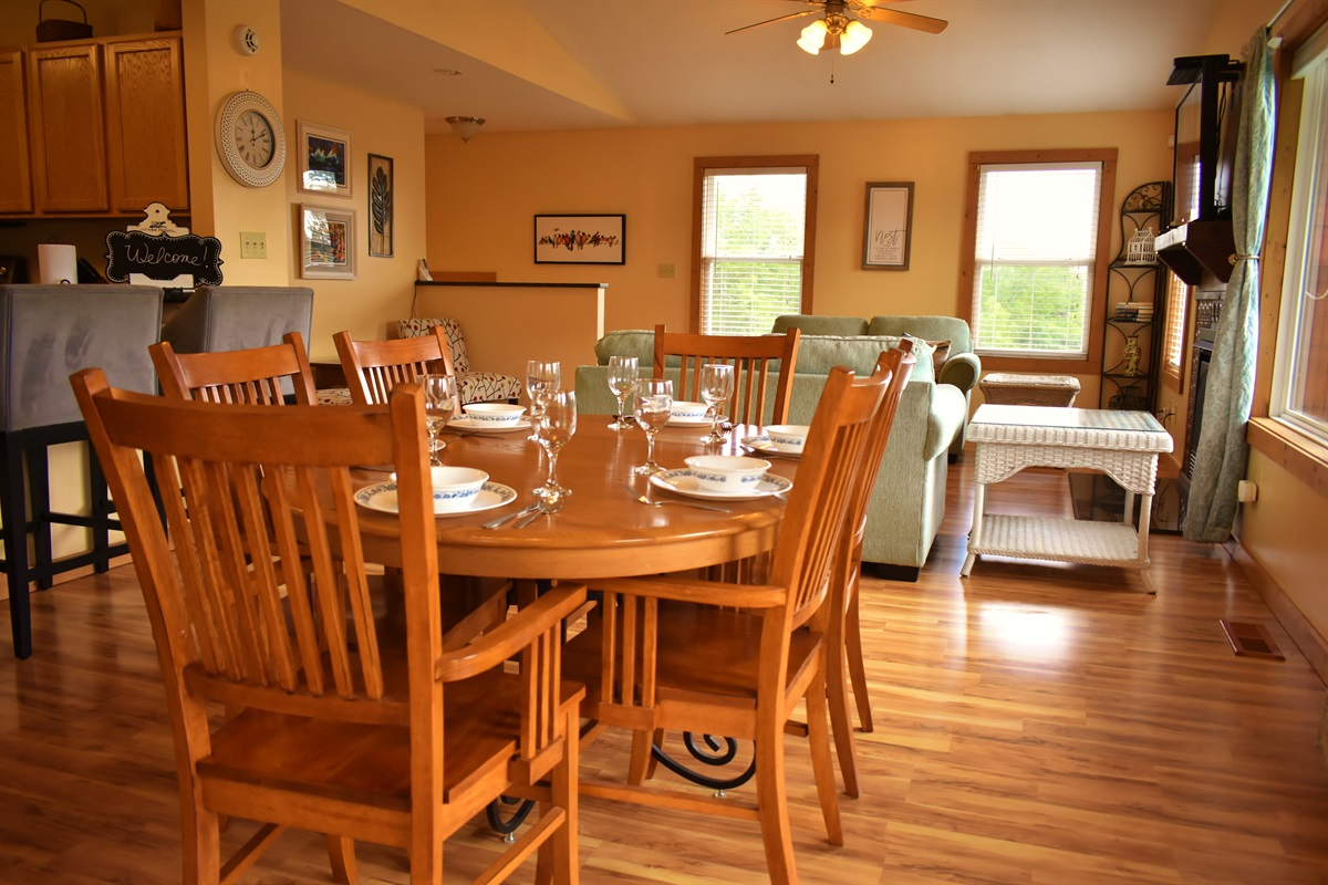 Enjoy a family meal in the Smokies! Seating for 8